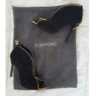 TOM FORD Zipper-Heel Suede Zip-Front Bootie
