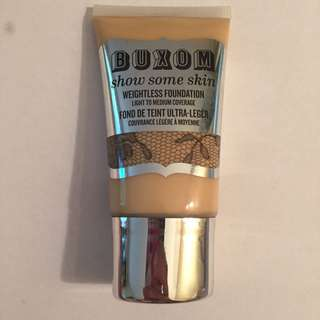 Buxom Show Some Skin Foundation