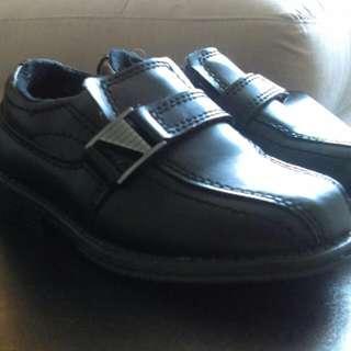 Boys SmartFit Dress Shoe