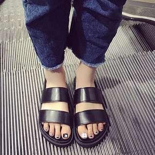 韓版亮面厚底平底雙帶拖鞋