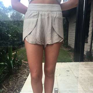 Maurice And Eve Shorts