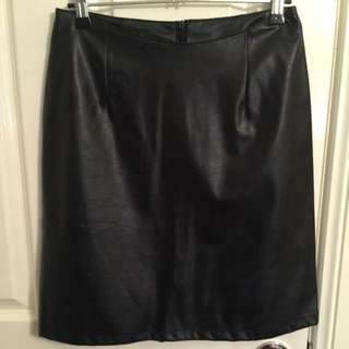 Faux Leather Skirt (M)