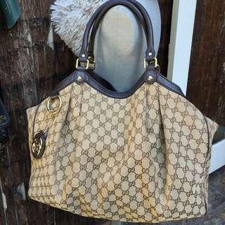 Gucci XL Sukkey