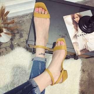 方頭麂皮涼鞋