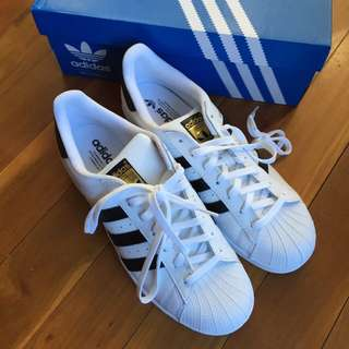 Adidas Superstar White US9 Men New