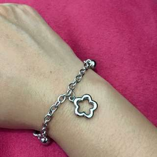 Stainless steel bracelet - flowers