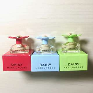 MARC JACOBS DAISY小花香水