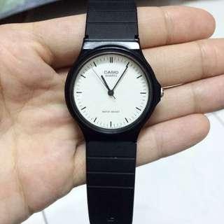 CASIO 極簡指針手錶-黑白/35mm 含運