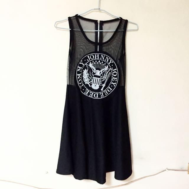 美式性感半薄紗傘狀洋裝-黑