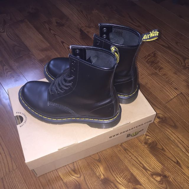 **PRICE REDUCED!!! All Black Dr Martens