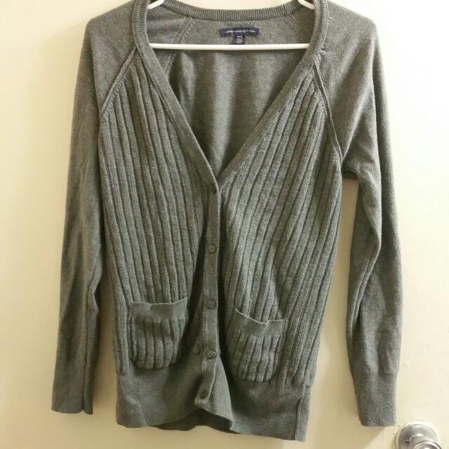 (American Eagle) Soft Grey Cardigan