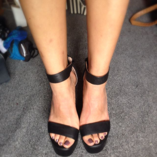 BRAND NEW JEFFEEY CAMPBELL HEELS SIZE 7