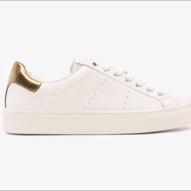 Brand New Massimo Dutti White Sneakers