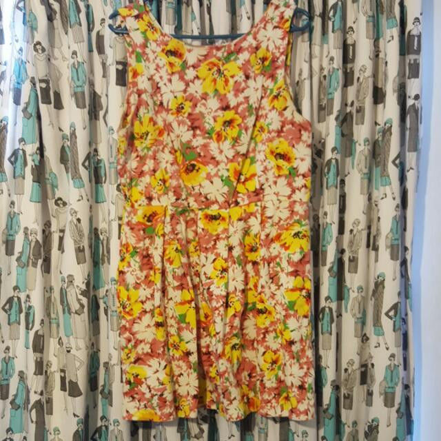 "Floral 1960s Style ""Glassons"" Dress Size 14"