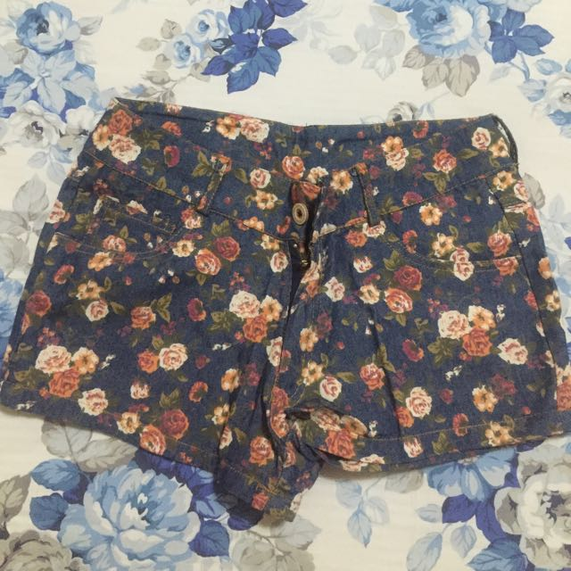 Flower short pants