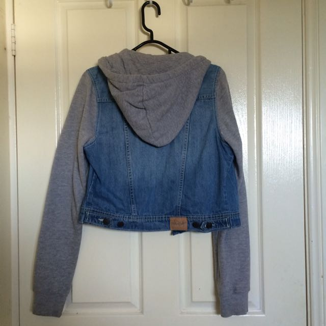 Ghanda Cropped Denim Sweater Jacket