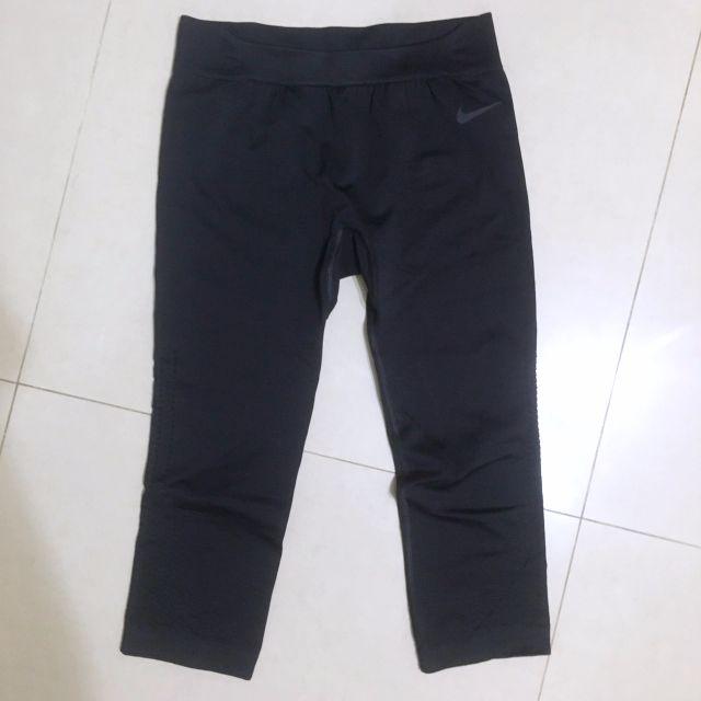 預訂/NIKE PRO 彈性貼身七分運動褲