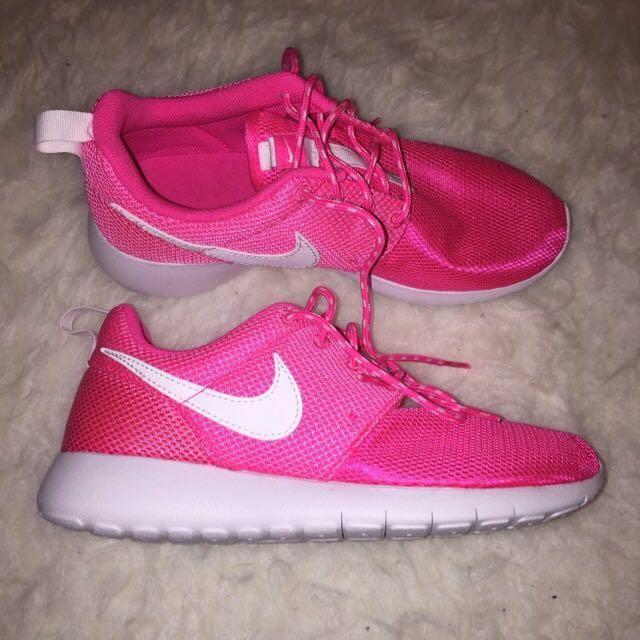 Nike Roshe Size US4.5Y/UK4