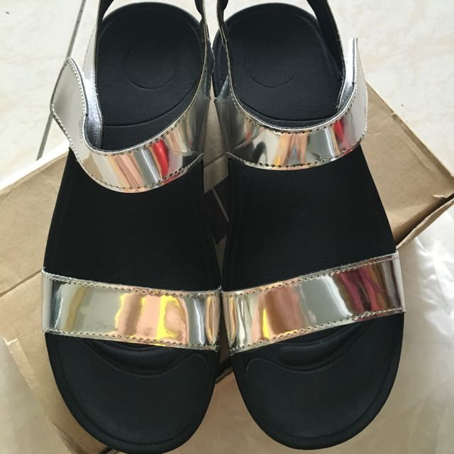 韓Ollie金屬涼鞋
