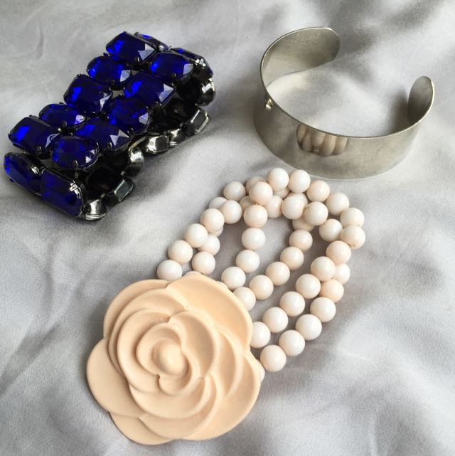 Various Bangles/Bracelets