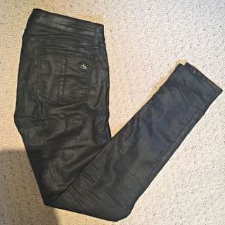 *Price Drop!* Rag & Bone Jean Coated Legging Zipper Size 26 Black