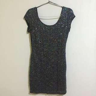 [NEW] H&M Sequin Body Con Dress