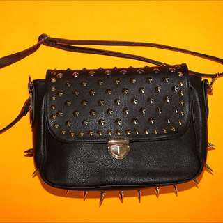 Nasty gal Edgy Hand Bag