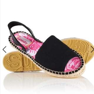 Superdry 黑色草編涼鞋