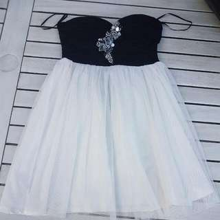 Sz 8 Dress Strapless