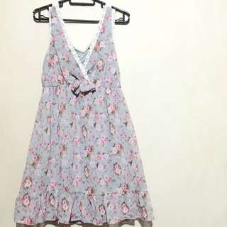 NEW LOOK Chiffon Flower Dress