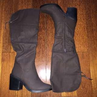 Spurr Boots (Choc) - Size 7