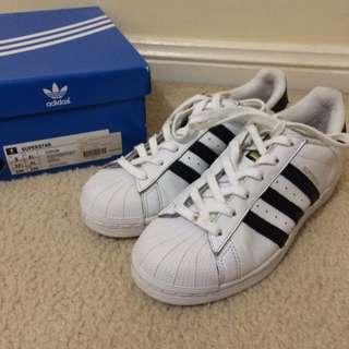 Adidas Superstar US 5
