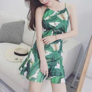 現貨實拍/🍃樹葉印花洋裝 韓國東大門洋氣露肩椰樹荷葉邊短裙修身吊帶連衣裙女夏
