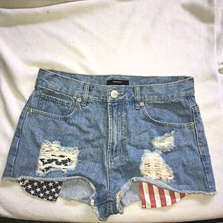 Size 28 Forever 21 Shorts