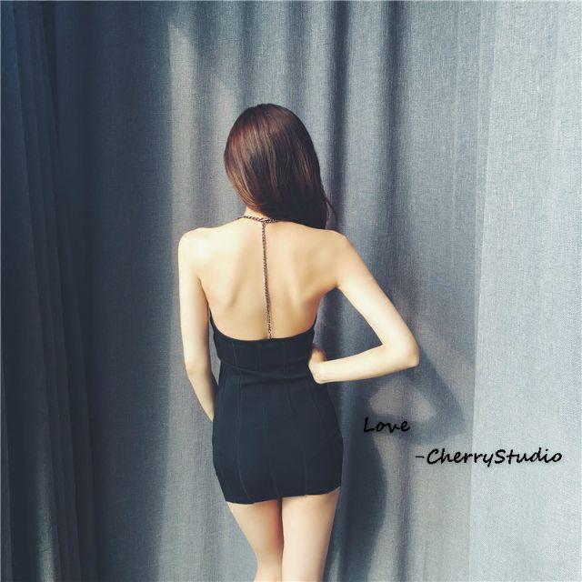 歐美鍊條大美背貼身裙