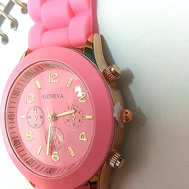 粉紅全新手錶