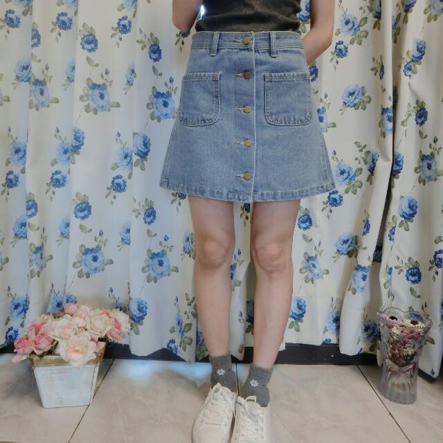 韓版淺色口袋排扣A字裙 牛仔裙 實拍