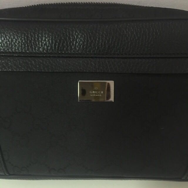 fca7e9b4aca64a Authentic Pristine Condition Gucci Men's Waist Pack, Men's Fashion, Bags &  Wallets on Carousell
