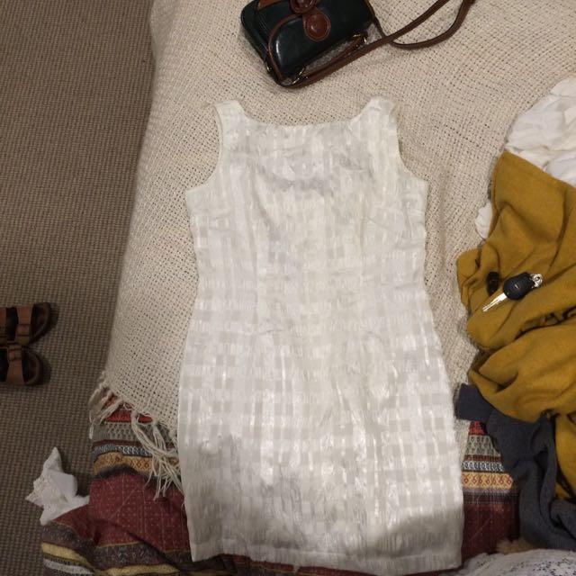 Beautiful Detailed Vintage Dress
