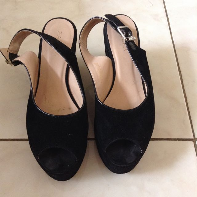 Zalora Black Wedges