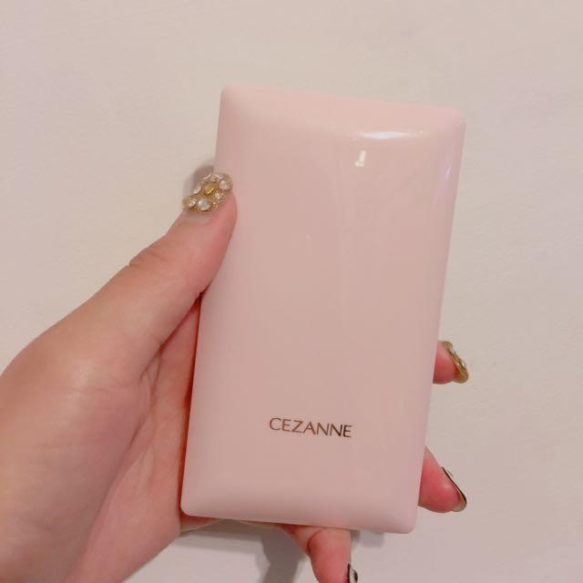 CEZANNE粉餅