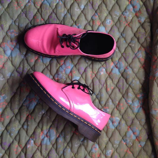 Doc Marten 3 Eyelet Pink Shoes