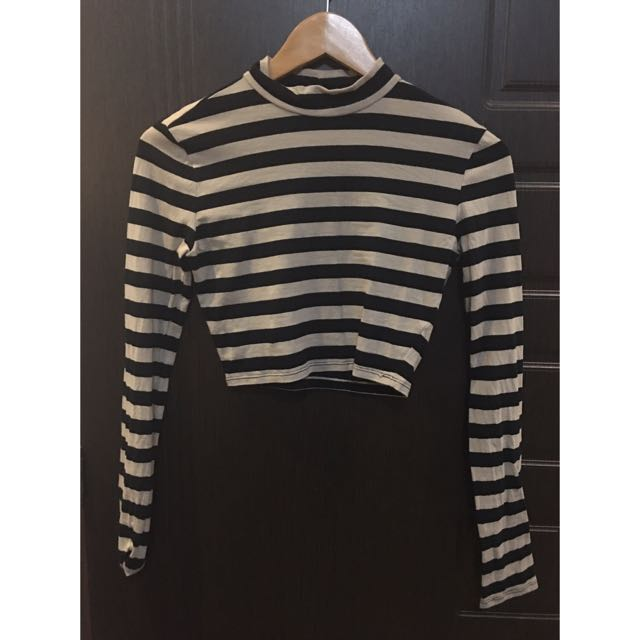 [RESERVED] Forever 21 Longsleeves Cropped Top