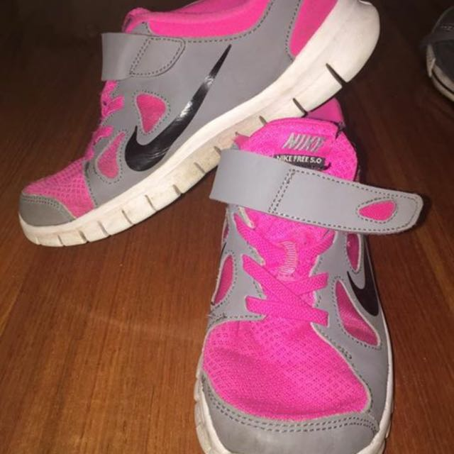 Girls Nikes