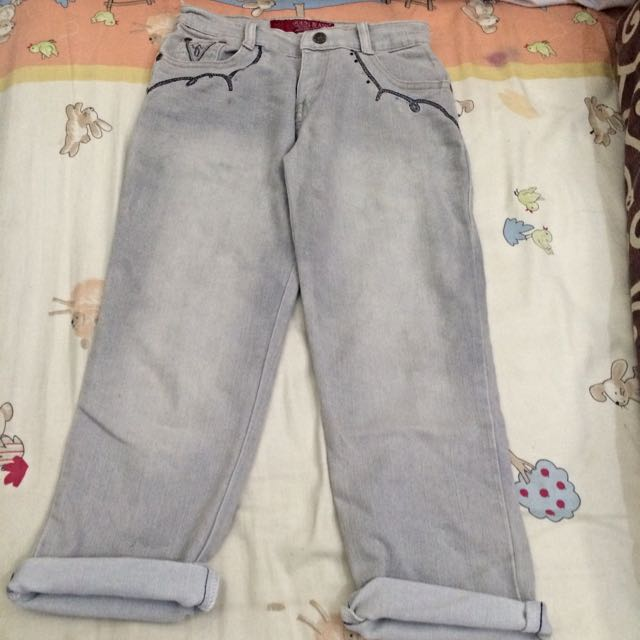 Guess 3/4 Grey Jeans