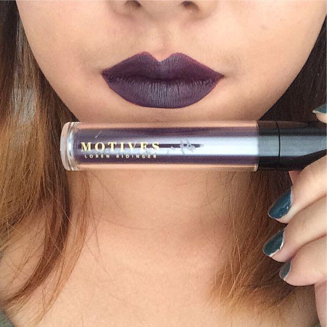 Liquid Lipstick. Matte