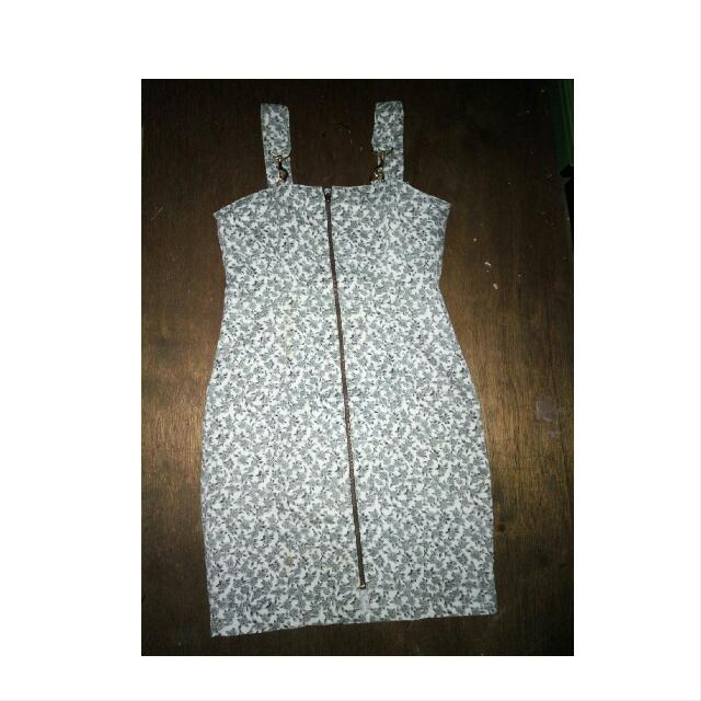 Mini Dress  Sleting Depan Full Dr Bawah Sampe Atas  Bahan Katun Jepang Dingin  Size S To M