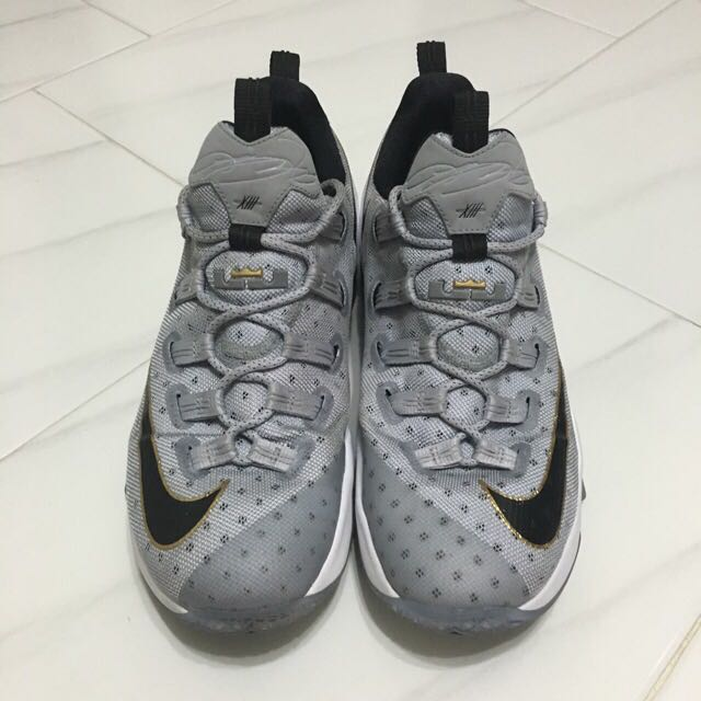 f2d8069111c PRICE REDUCED) Nike Lebron 13 Lows