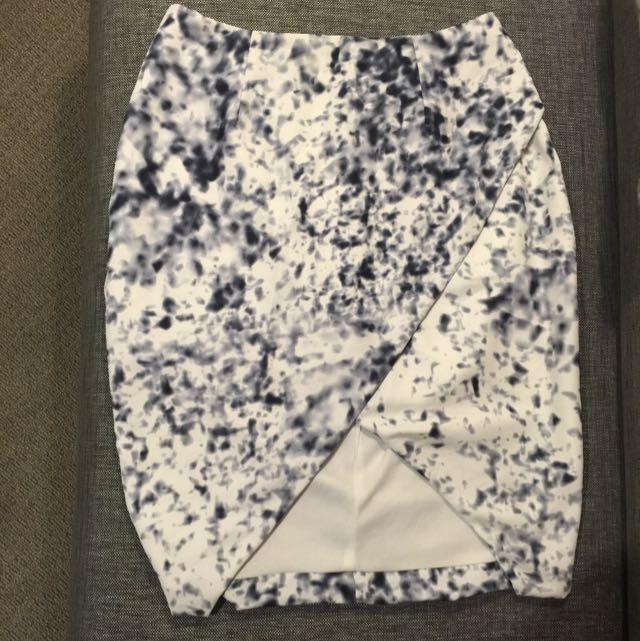 Skirt Marble