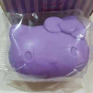 VIVELLE x HELLO KITTY - Antibacterial Soap Bar